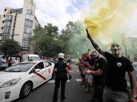 تاکسیهای اینترنتی بارسلونا را به آشوب کشیدند +تصاویر
