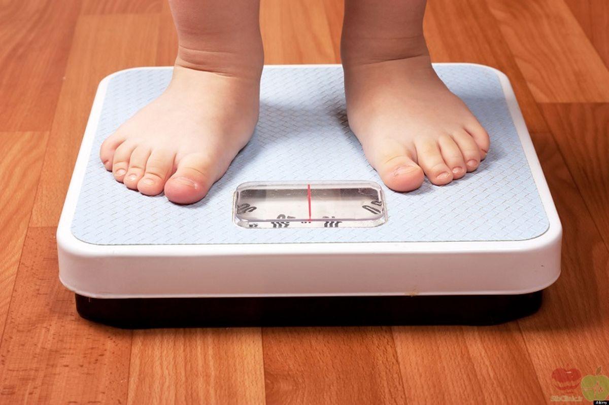 نقش مادران در اضافه وزن کودکان