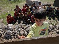 تحصیل در قله قاف با شرایط فوق دشوار +تصاویر