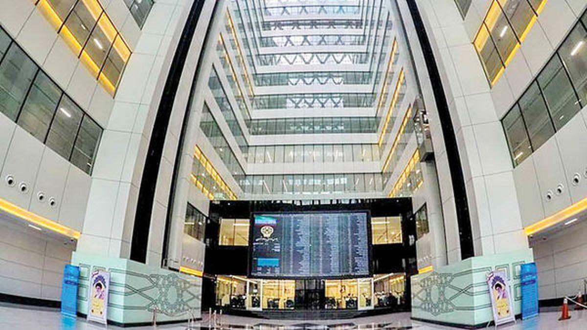 ۸ایستگاه کارگزاری و ۳۷دسترسی سهامداران برخط بسته شد