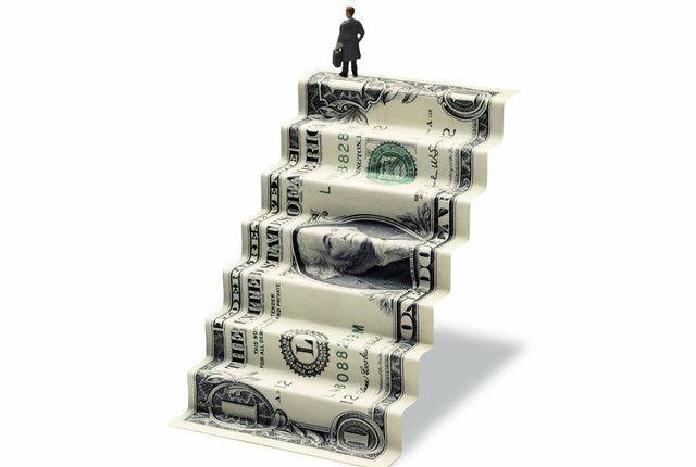 التهابات بازار ارز کاهش یافت/ امکان خرید ارز بانکی از صرافی های منتخب