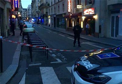 ۱۰کشته و زخمی در حمله فرد مسلح به چاقو در پاریس