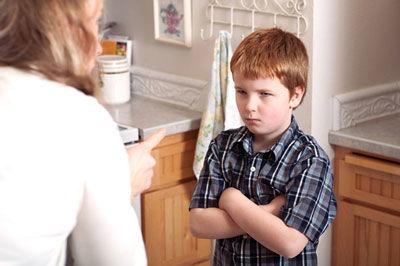 چگونه دروغگویی کودکان را اصلاح کنیم؟