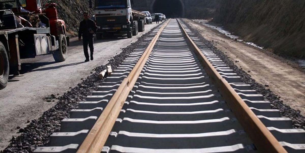 خطوط ریلی با حمایت از تولید داخل توسعه می یابد