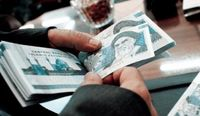 پرداخت یارانهها کم میشود؟/ واکنش وزیر به یارانه ۷۲هزار تومانی