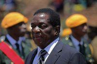 موگابه در بازداشت است