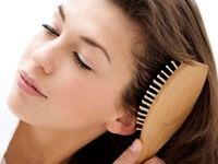 ۴ نکته برای تقویت و درخشندگی موها