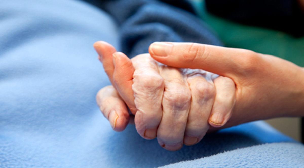 پُرخوابی دوره سالمندی خطر مشکلات قلبی را افزایش میدهد