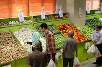 نیمی از مغازهداران، لاکچری میوه میخرند