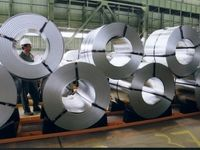 مراکز خدماتی فولادمبارکه نقشی در التهاب بازار ورق ندارند