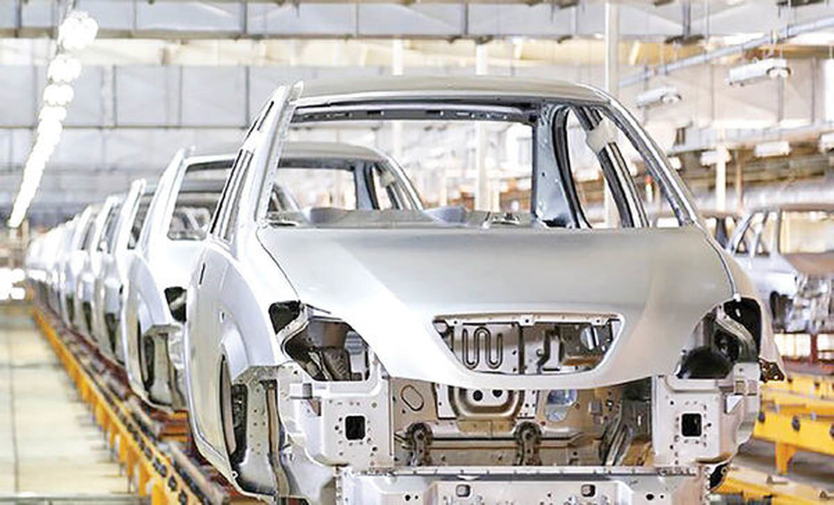 افزایش تعداد خودروهای ناقص در خطوط تولید / نبود نقدینگی بلای جان خودروسازان