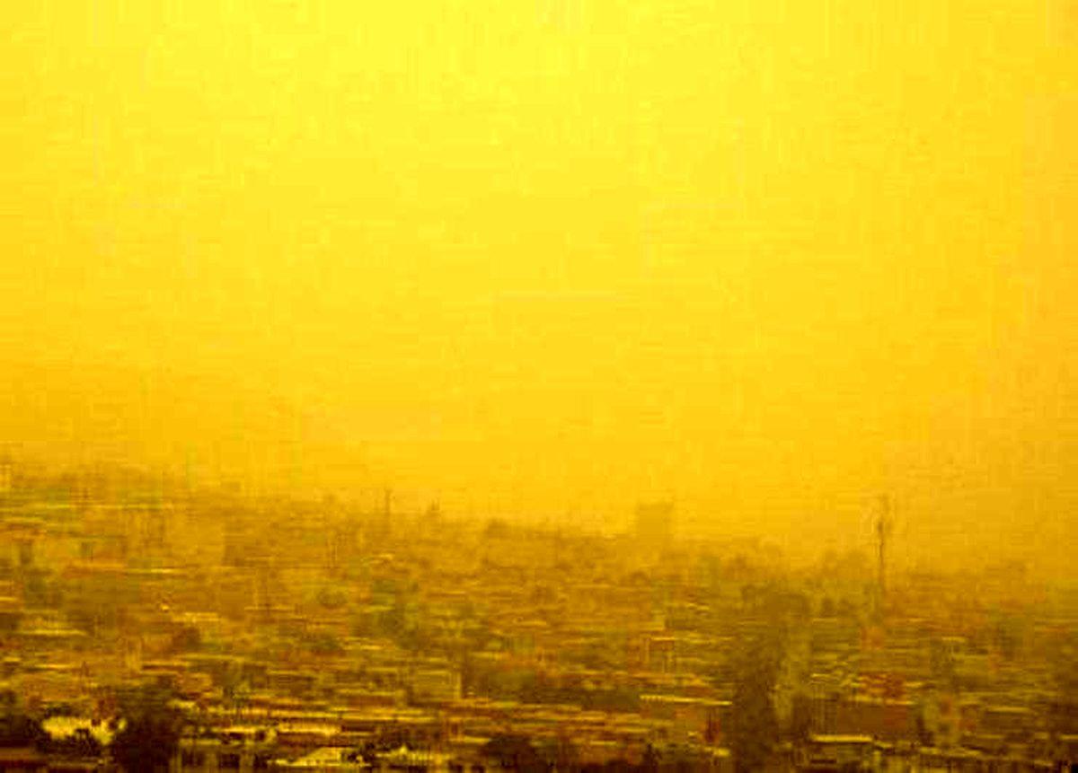 تهران؛ در محدوده غبارآلود و رگباری