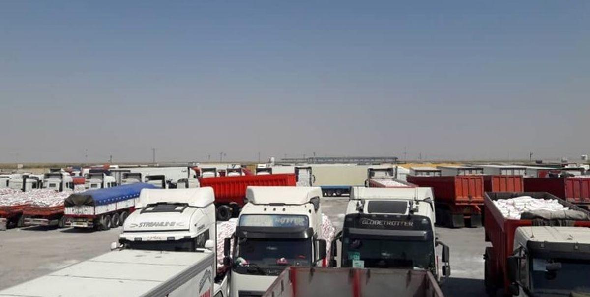 فعالیت تجاری مرز مهران تعطیل نیست