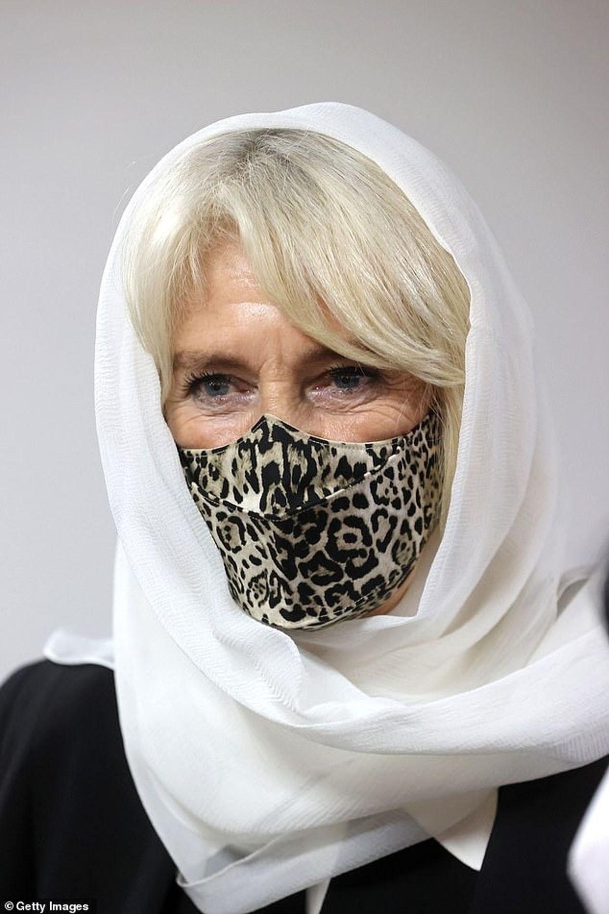 بازدید عروس ملکه انگلیس از یک مسجد +تصاویر
