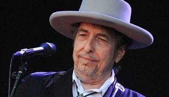 «باب دیلن» در مراسم نوبل شرکت نمیکند!