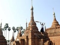 میانماریها هم خانهتکانی میکنند؟ +عکس