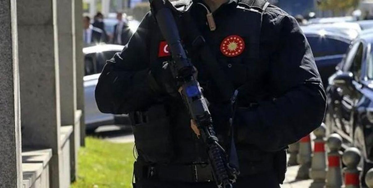 یکی از محافظان اردوغان خودکشی کرد