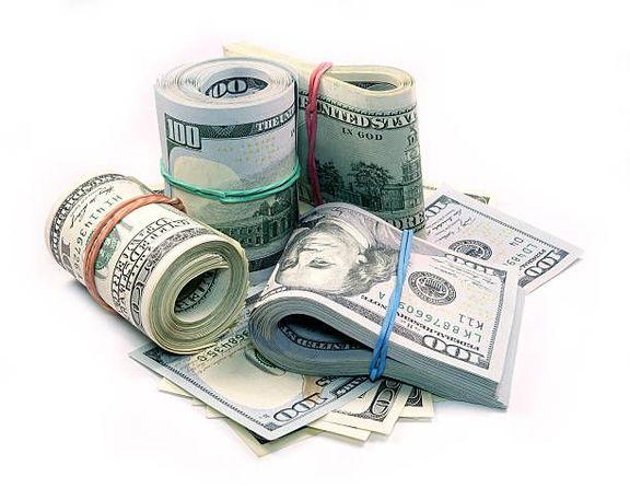 تک نرخی شدن ارز از مسیر بازار آتی/ نظر بانک مرکزی درباره بورس ارز چیست؟