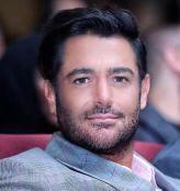 محمد رضا گلزار در ماشین لاکچری! +فیلم