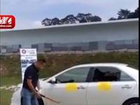 تست مقاومت شیشههای ضد ضربه خودرو +فیلم