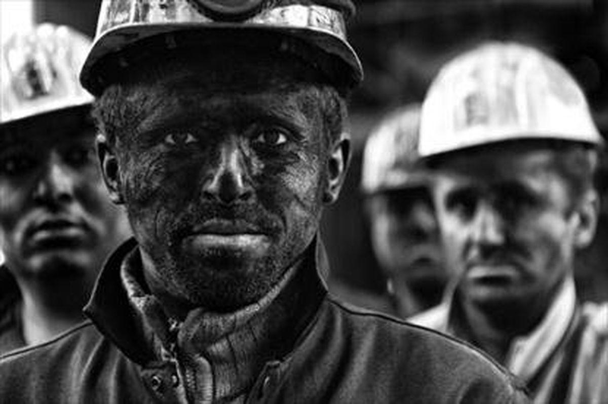 پرداخت بیمه بیکاری به کارگران آسیب دیده از کرونا