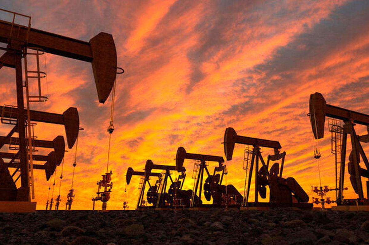 تولید نفت و گاز هند نصف شد