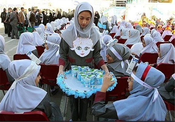 توزیع شیر رایگان در مدارس ۹استان از ابتدای آذر