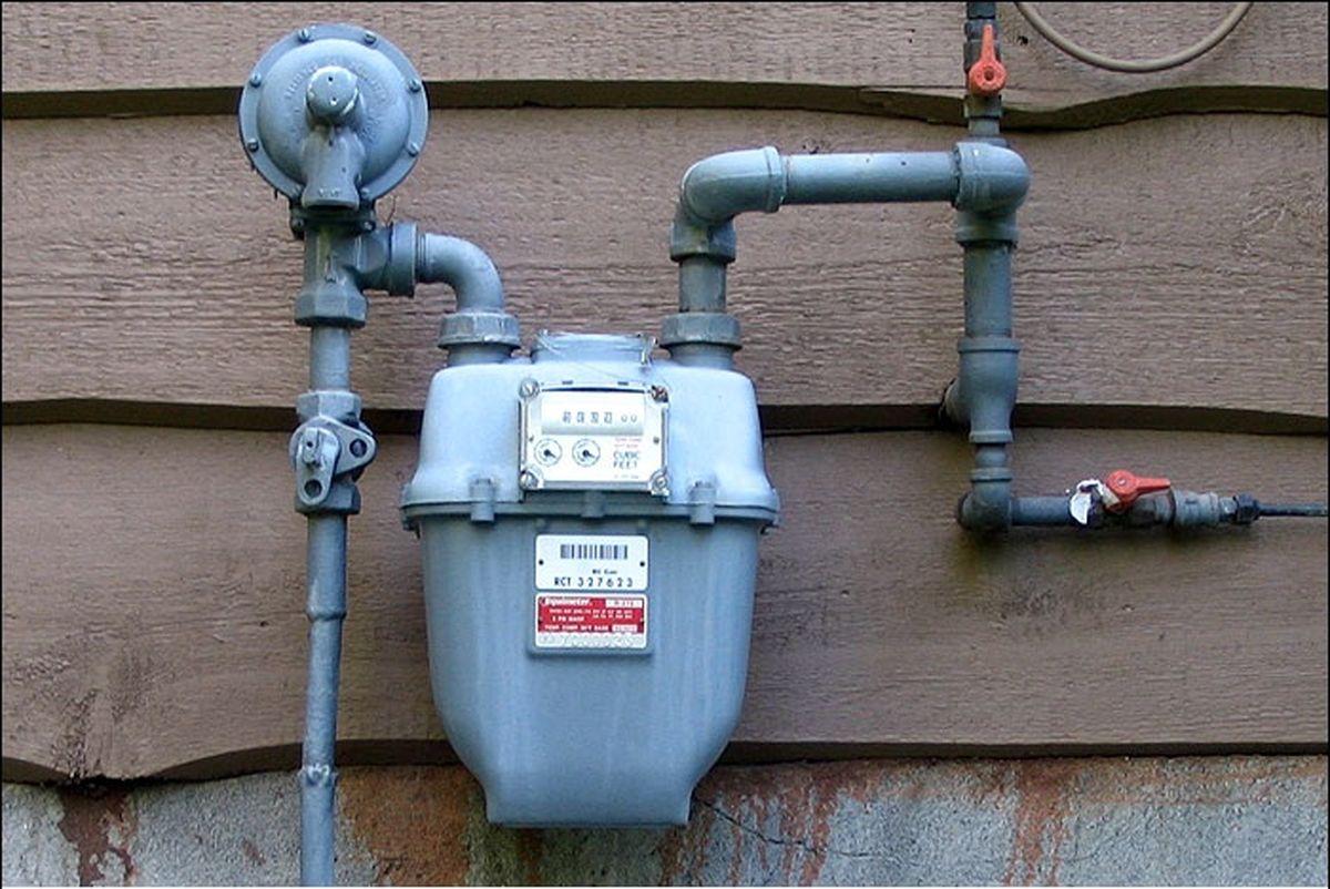 """نصب نیمی از """"شیرهای برقی قطع سریع گاز هنگام زلزله"""" در پایتخت"""