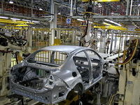 تاخت و تاز خودروسازان سوار بر بیکیفیتها!
