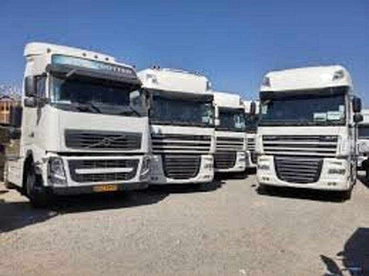 شفافنبودن واردکنندگان عامل ترخیص نشدن کامیونهای وارداتی