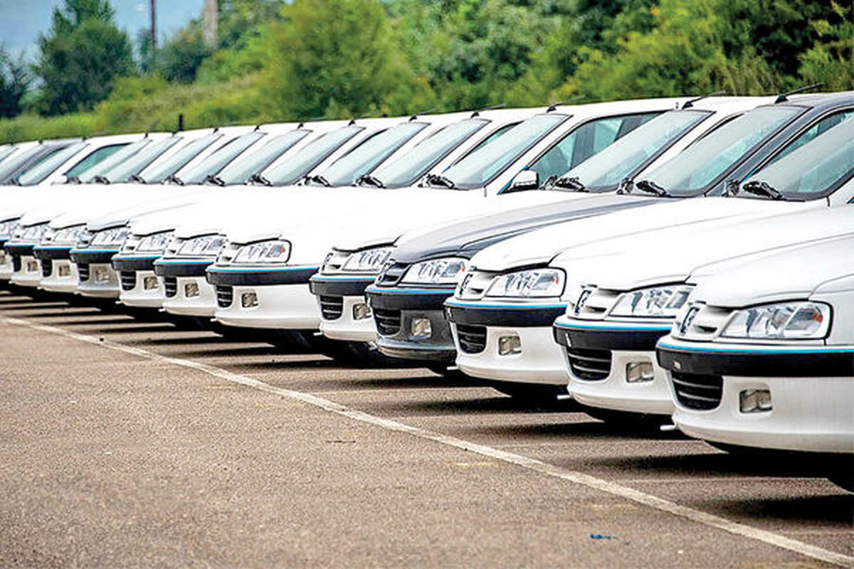 سقوط فروش خودروسازان
