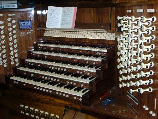 (تصاویر) ارزشمندترین آثار کلیسای نوتردام چه بودند؟