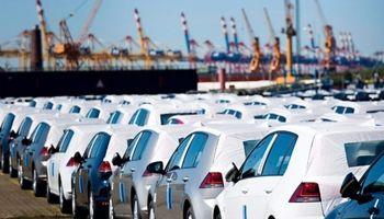 ارائه ۴پیشنهاد به دولت برای واردات خودرو بدون انتقال ارز