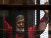 محمد مُرسی فوت کرد
