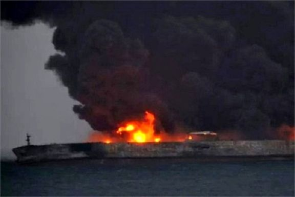 جعبه سیاه نفتکش در عملیات نیروهای امداد چین پیدا شد