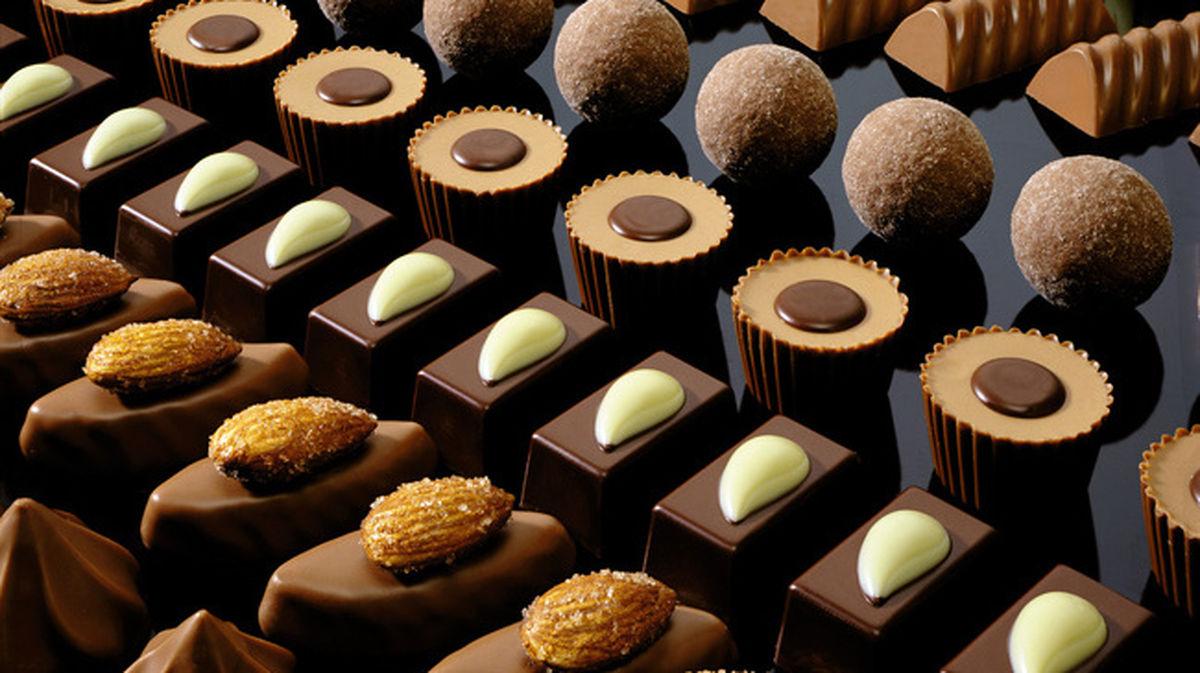 شکلاتهای خارجی جایگزین  آبنبات شده اند