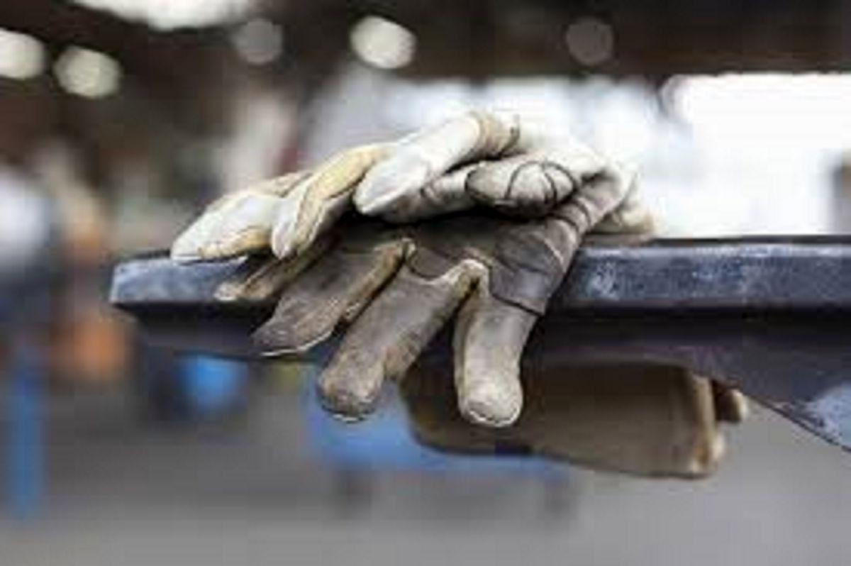 پرونده قطور قراردادهای غیرقانونی با کارگران روی میز بازرسی