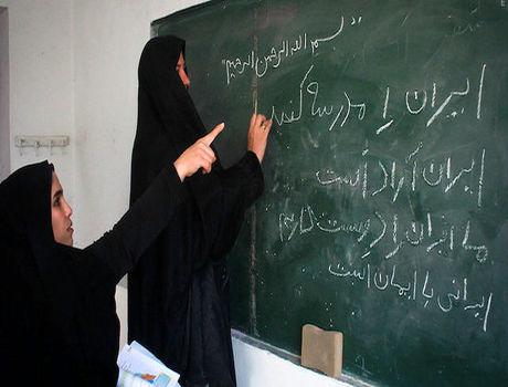 نرخ بیسوادی در ایران از ۶۰ سال پیش تا امروز +اینفوگرافیک