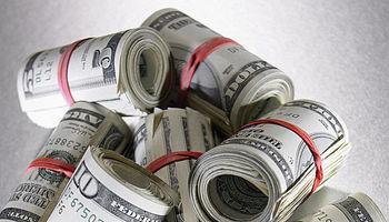 عقب نشینی گسترده دلار