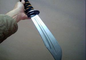 لحظه هولناک حمله شمشیر زنها به یک داروخانه +فیلم