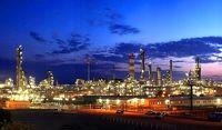 ابهامات وزارت نفت در خصوص آینده مدیریت پالایشگاهها/ زنگنه نگران تکرار تجربه ناخوشایند واگذاری پتروشیمیها است