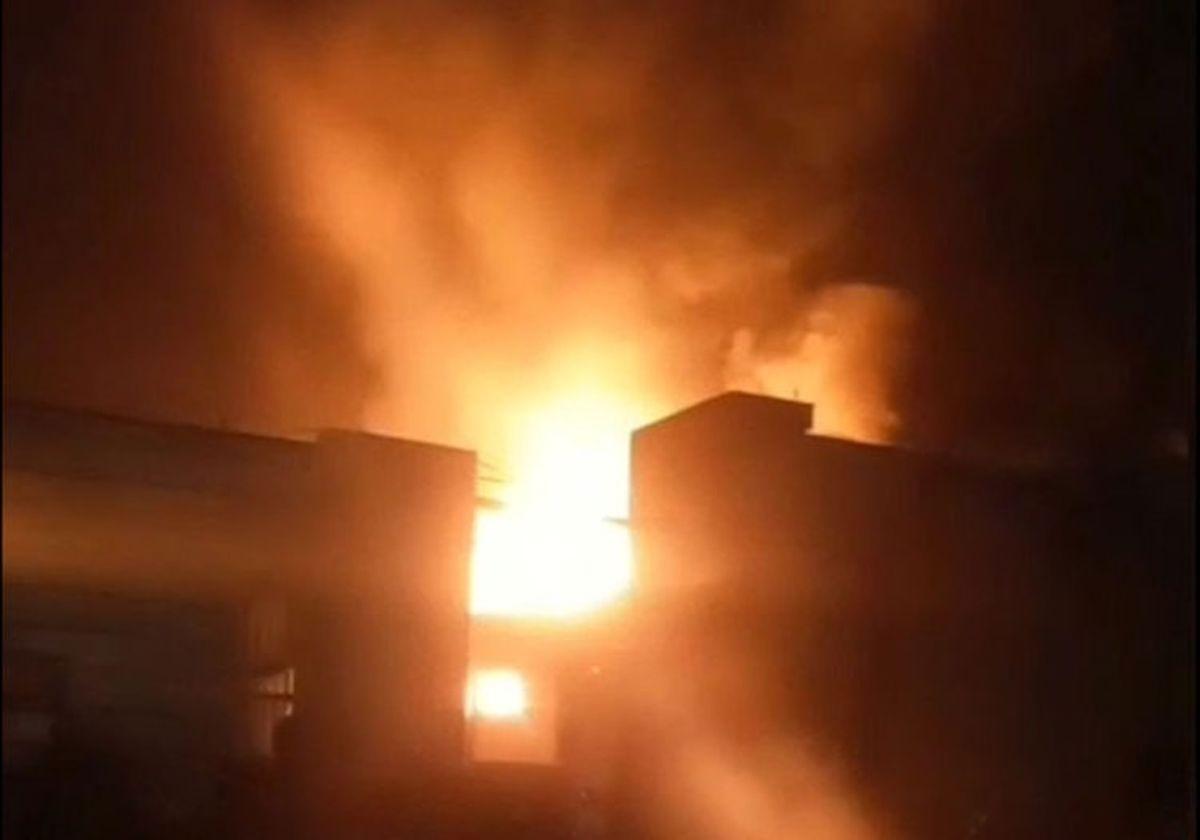 آتشسوزی گسترده در کارخانه میهن