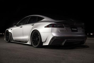 Unplugged-Performance-S-APEX-Tesla-Model-S