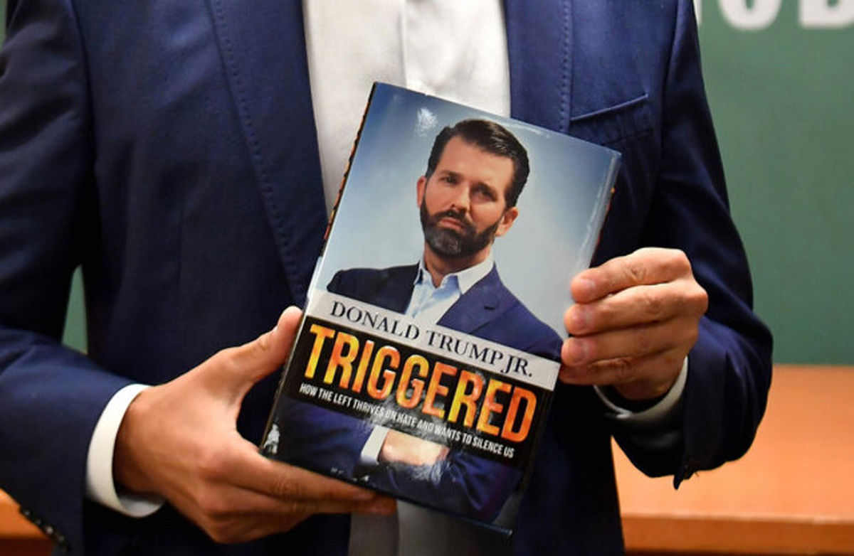 پرفروش شدن مشکوک کتاب پسر دونالد ترامپ