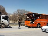 تصادف شدید اتوبوس و کامیون
