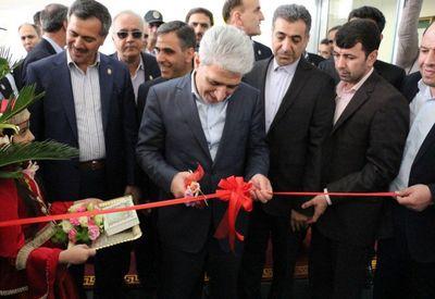 """بازدید مدیرعامل بانک ملّی ایران از شعبه تبریز و افتتاح """"آنی بانک"""""""