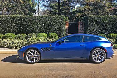 2018-Ferrari-GTC4Lusso