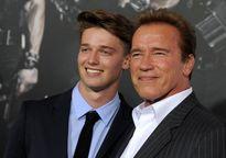 پسر آرنولد، سوژه شبکههای اجتماعی +عکس