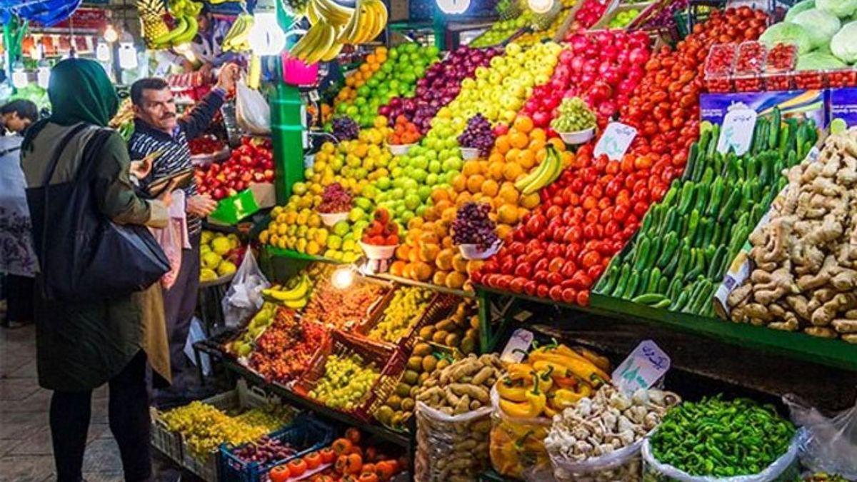 افزایش قیمت برخی انواع میوه و صیفی همچنان ادامه دارد
