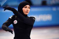 نخستین زن باحجاب در پاتیناژ +تصاویر